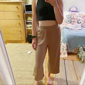 3/$19✨ Forever 21 Culottes